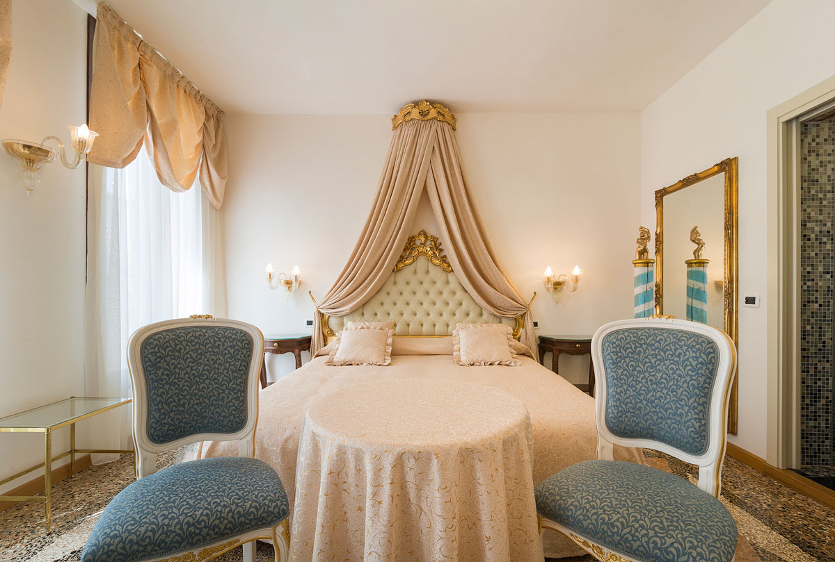 Venezia Junior Suite